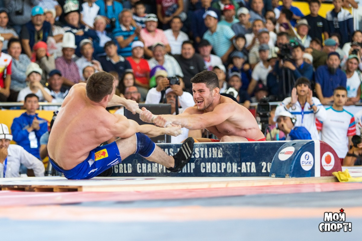 The mas-wrestling team is preparing for the III World Nomad Games