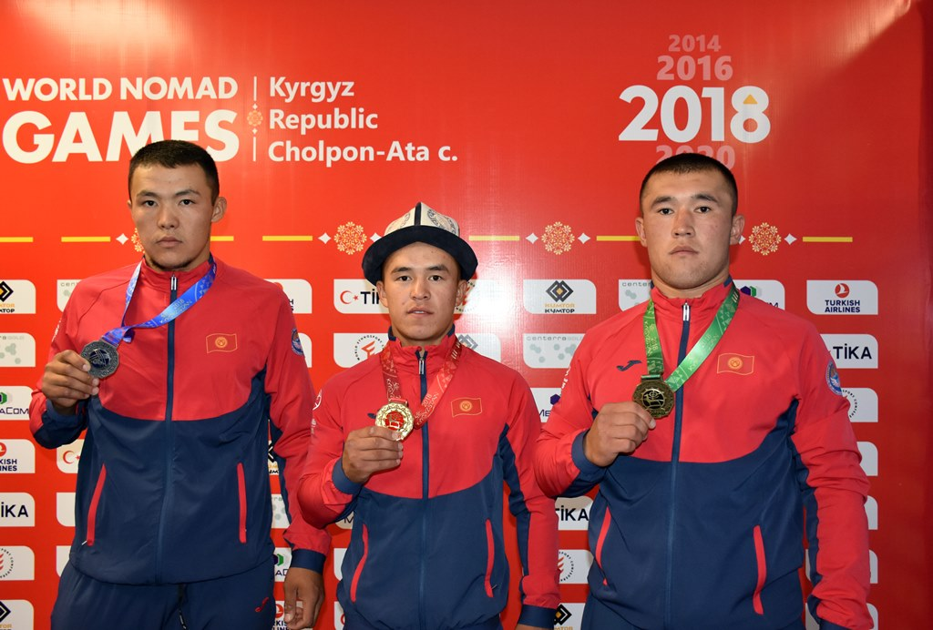 Kyrgyz wrestlers won three medals in the first competition day