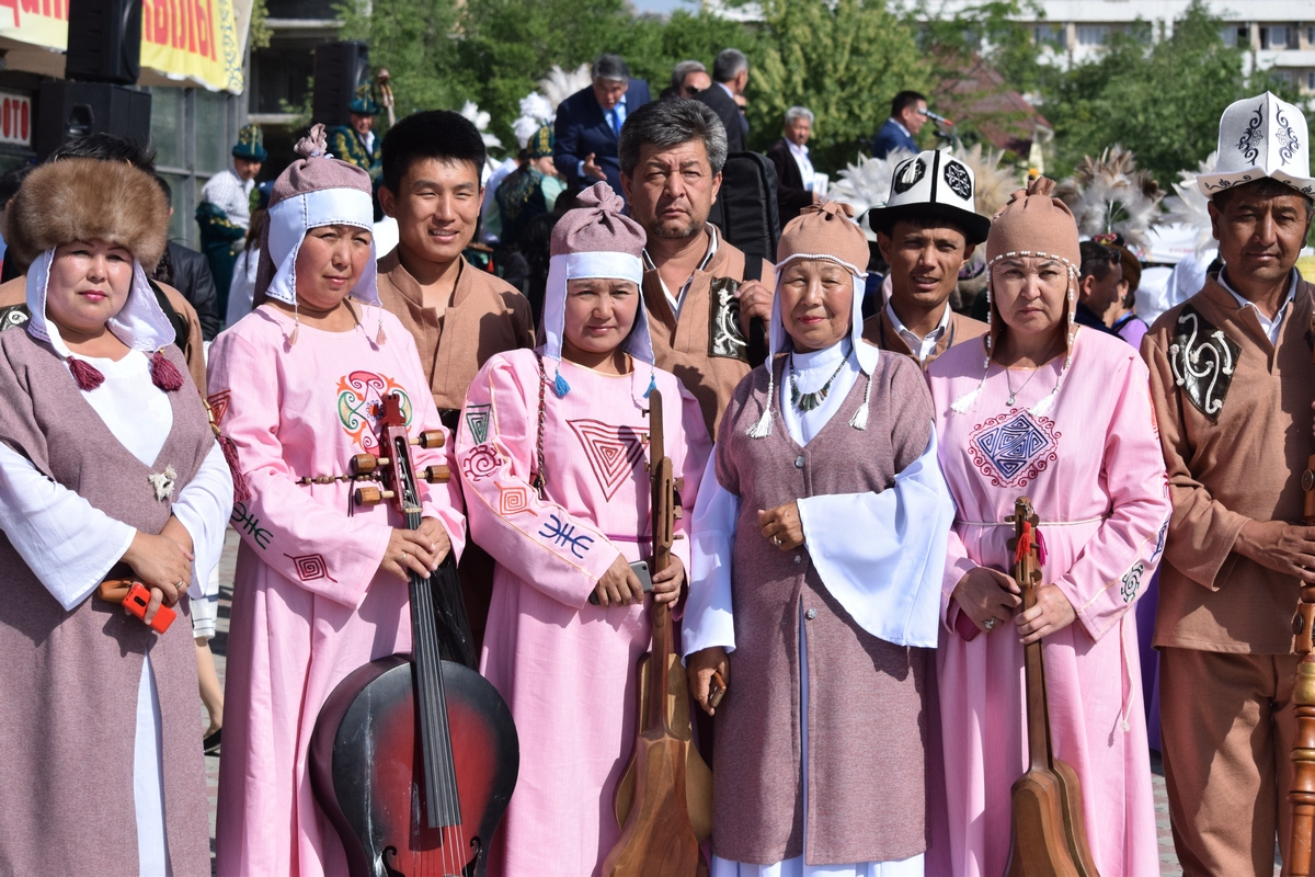 "For the first time in Osh an international festival ""Etnomadaniyat""is being held"